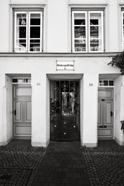 Glockengießerhof, Engelsgrube 67