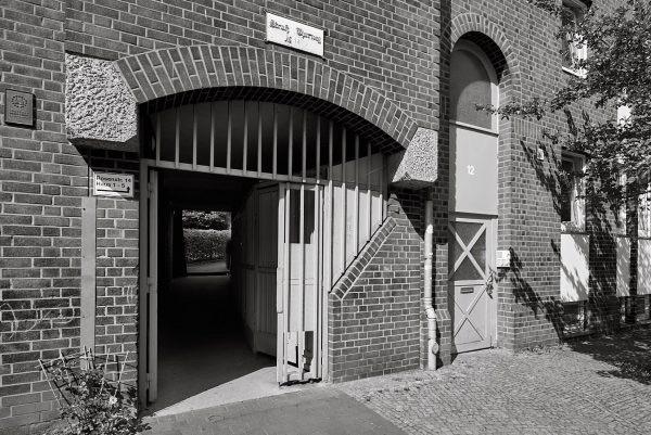 Struß' Thorweg, Rosenstraße 14
